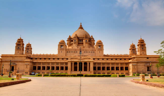 Best Places to Visit in Delhi - Parliament House and Rashtrapati Bhavan
